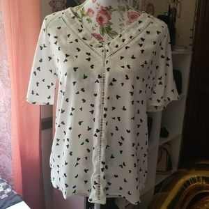 White and black blouse S